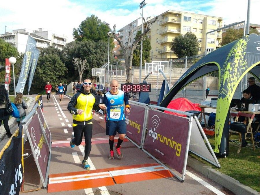 Manu y Sergi entrando en la meta de la de 13kms.