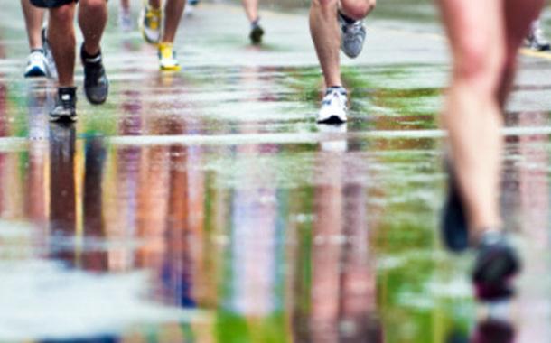 Aunque llueva, si toca correr se corre...