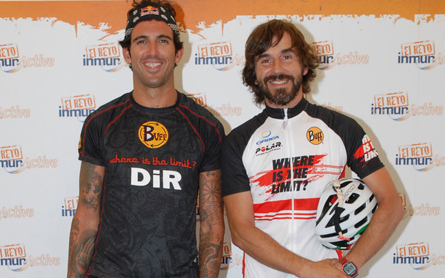 Josef Ajram junto a Santi Millan con quien finalizo este mismo año la Titan Desert.