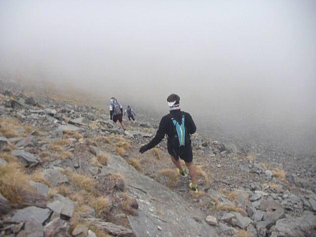 Artur bajando del Puigmal