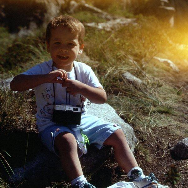 Jordi de pequeño, empapándose de la afición a la montaña y a la fotografía