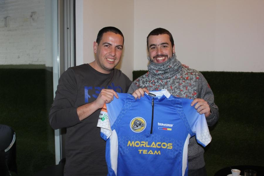 Jordi con la camiseta del Morlacos Team