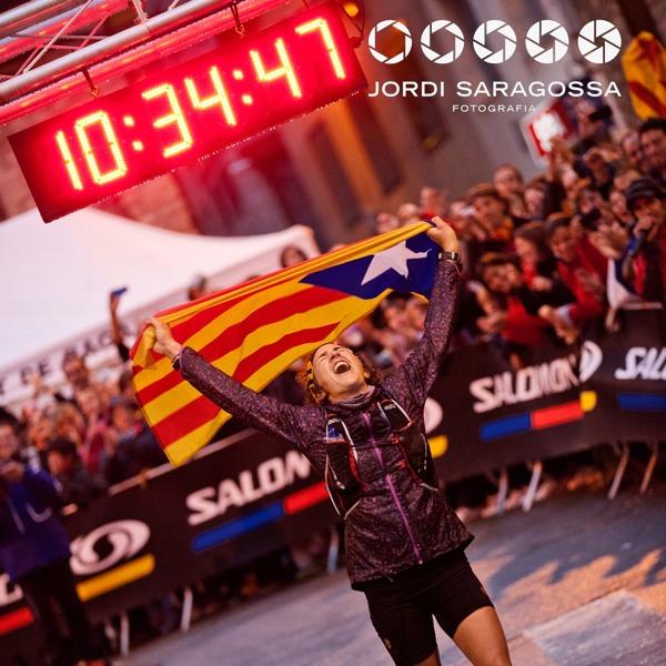 Nuria Picas entrando en meta en Cavalls del Vent 2012 (Imagen de Jordi Saragossa)