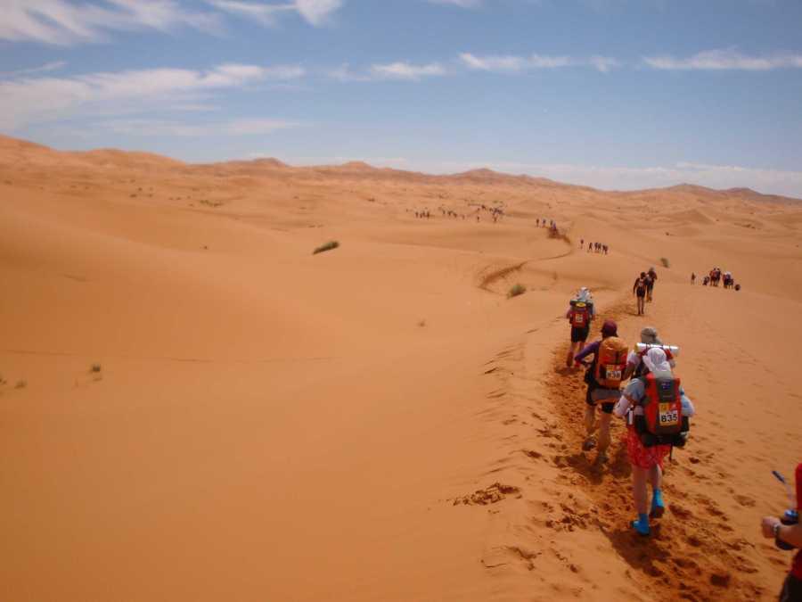 Mucha carrera transcurre caminando debido a las altas temperaturas