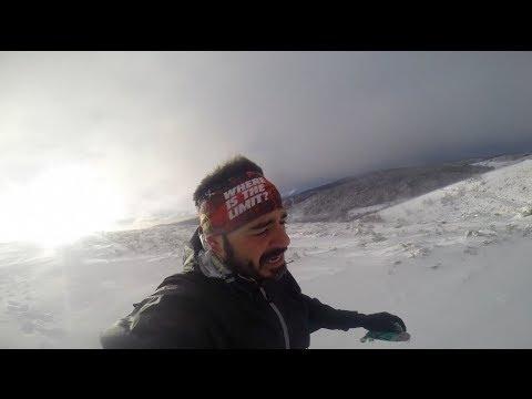 """Valenti en un momento de su """"Camino de Sanjuan"""" mientras graba con su GoPro."""