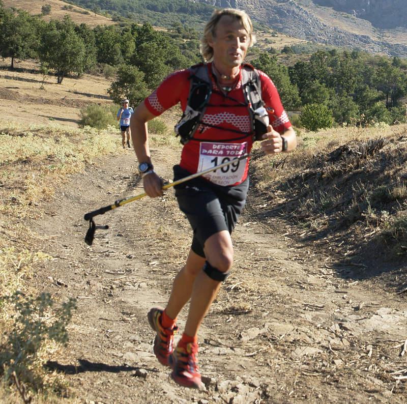 Jesus Calleja participando en una cursa de montaña en Polvoreda. Sin una base de entreno, no se puede correr un maratón...