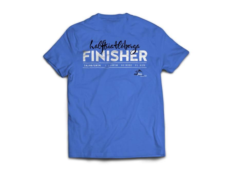 Esta es la camiseta de FINISHER que se llevarán los participantes que acaben el Half.