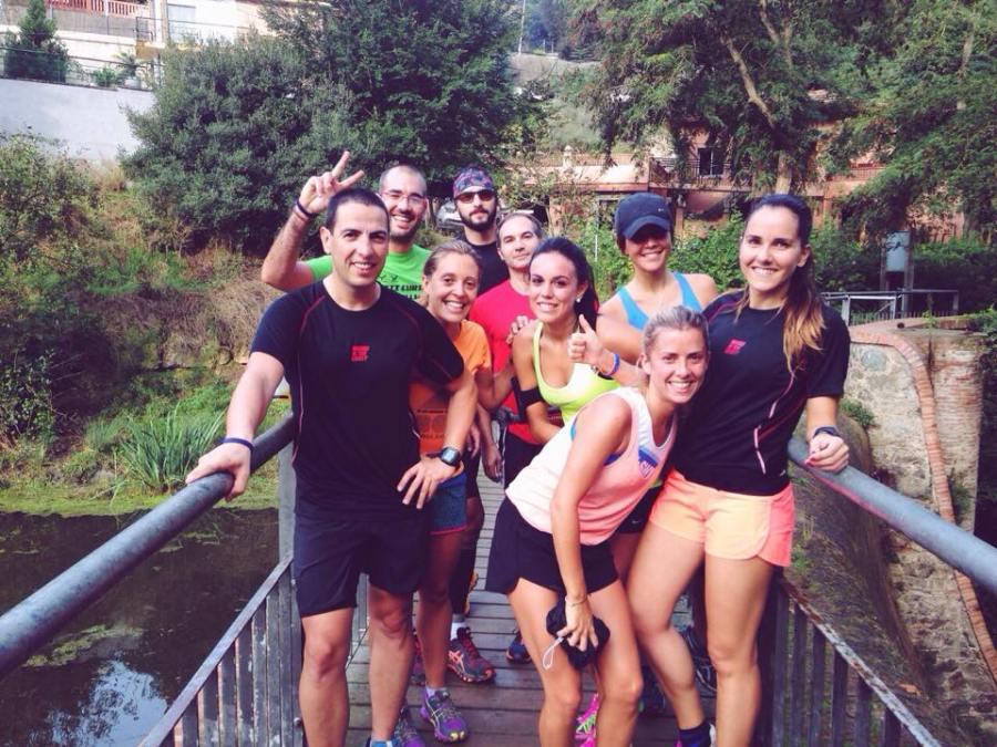 El grupo del entreno corto en el Pantà de Vallvidriera