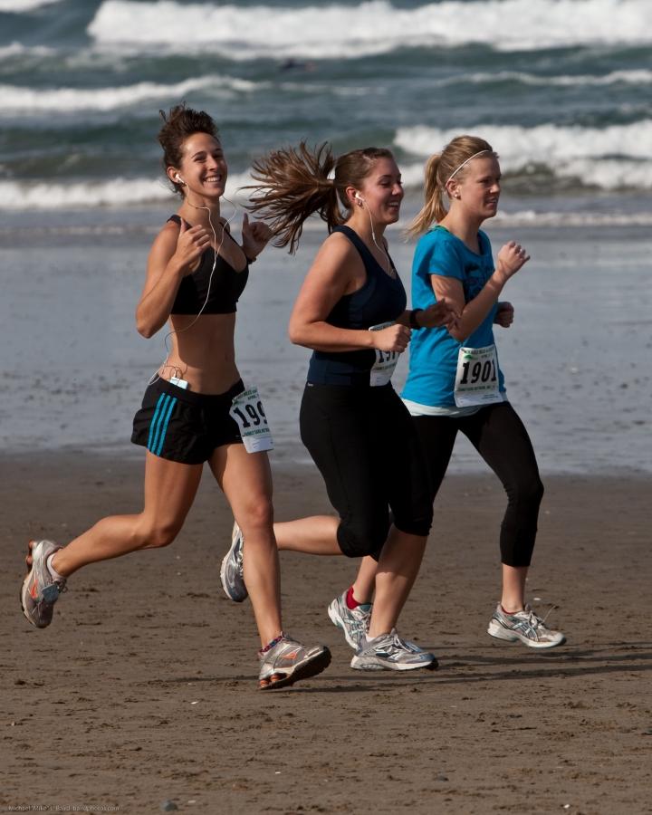 chicas corriendo
